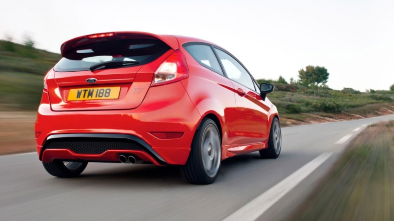2014-Ford-Fiesta-ST-Pictures